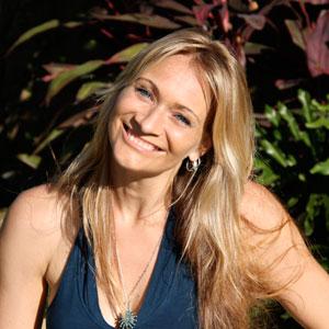 Simone MacKay